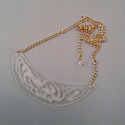 White crack necklace S