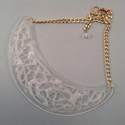 White crack necklace L