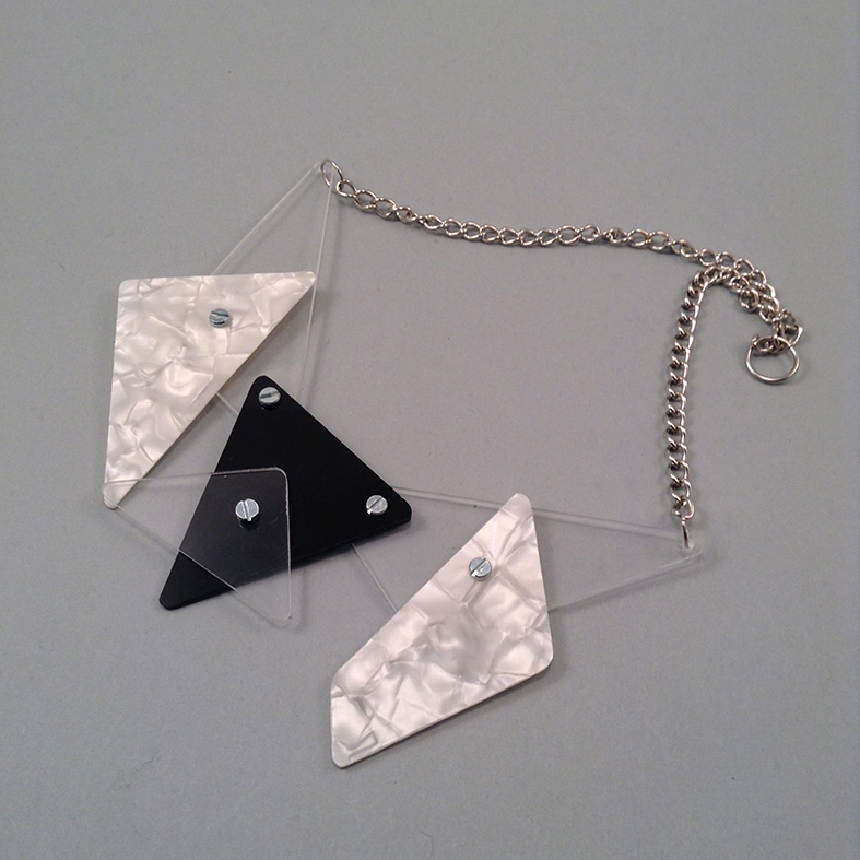 Tribis necklace