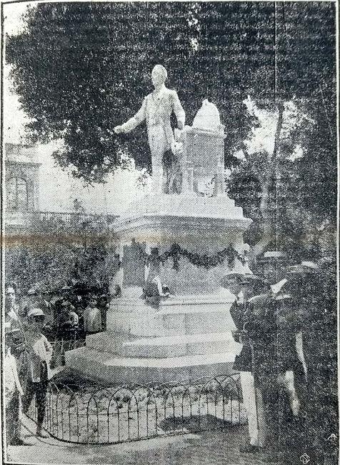 Monumento texto Rafael Scarelli.jpeg