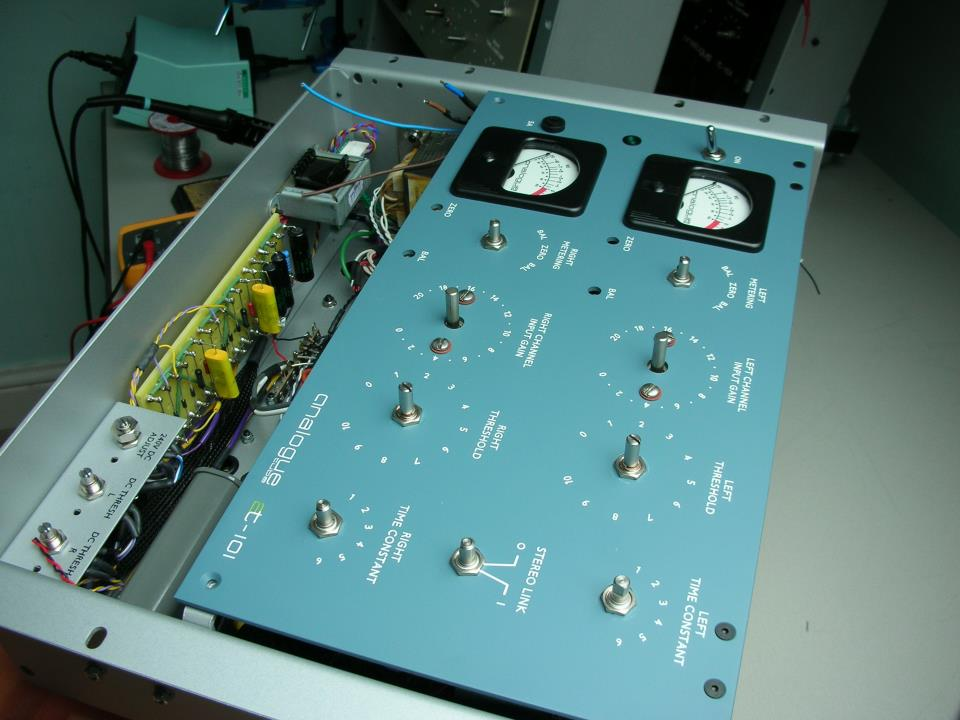 Custom Blue AT-101 Stereo Limiter