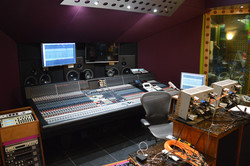 Analoguebaby Studios