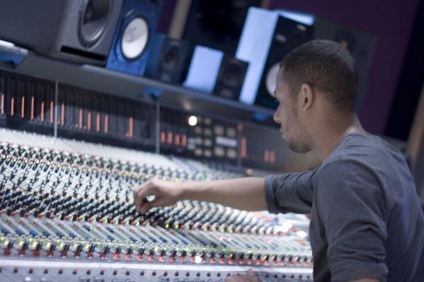 Dan Parry - Mix Engineer