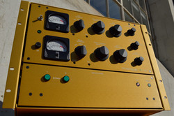 AT-101 Stereo Limiter (Gold)