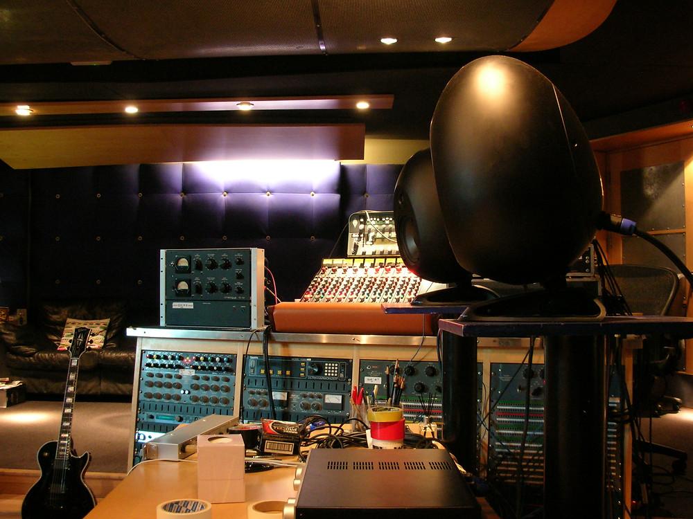 Bullet for my Valentine studio A Feb 2015 (3).JPG