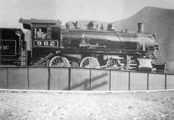 Locomotive 962