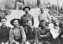 Road Building Crew in Solsqua 1913