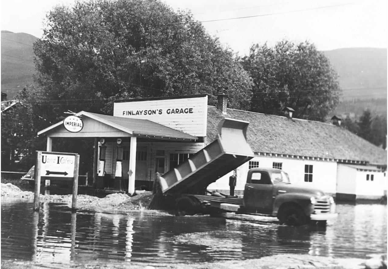 """Finlayson""""s Garage"""