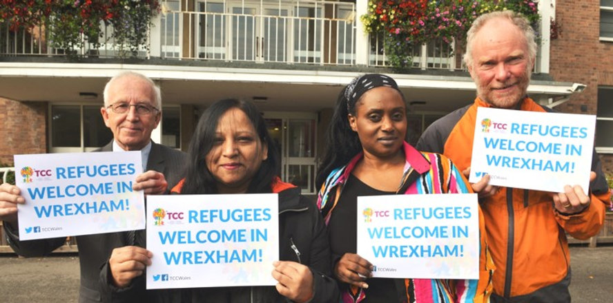Refugees welcome campaign supporters.jpg