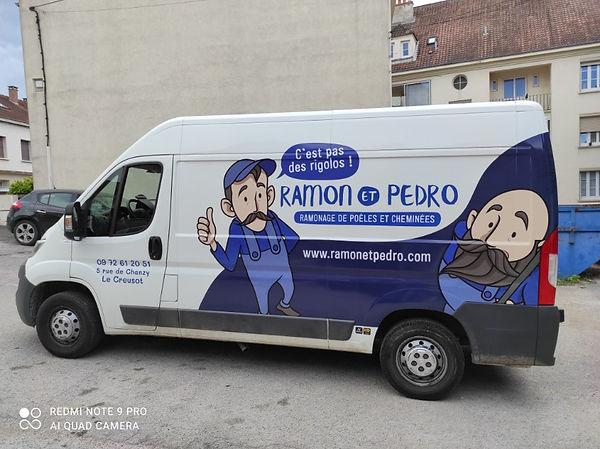 Camion Ramon et Pedro Montceau Les Mines.jpg