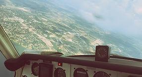 à l'intérieur de l'avion