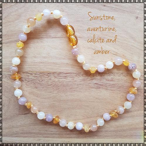 Necklace with sunstone, honey calcite and aventurine