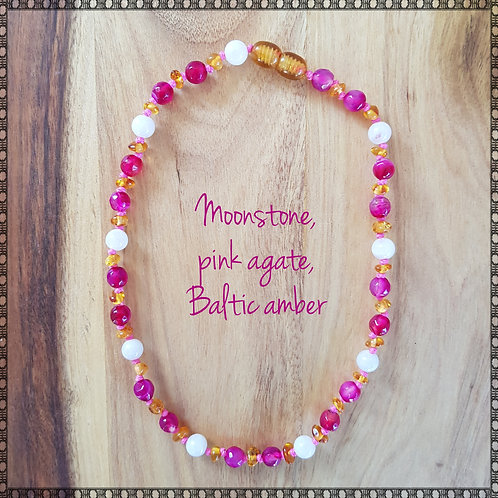 Necklace with amber, pink agate and rainbow moonstone