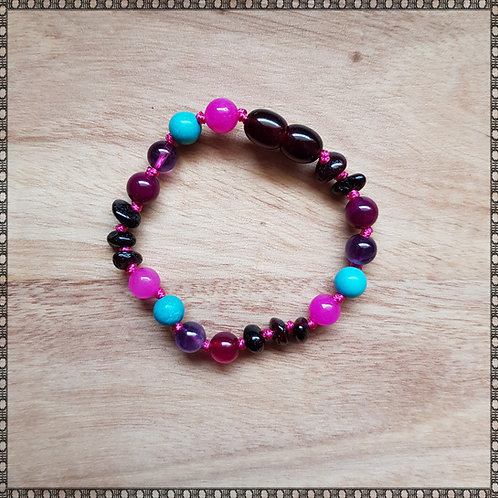 Bracelet with amethyst, turquoise and agate
