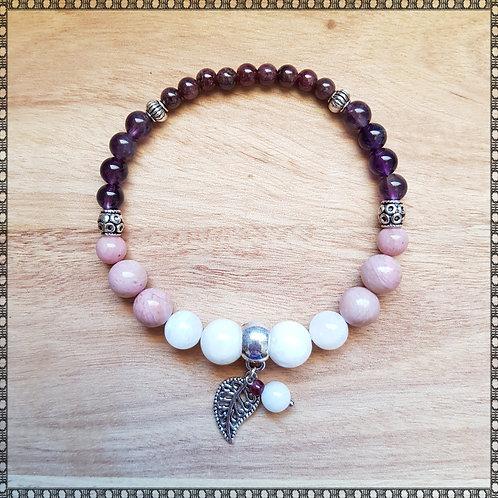 Bracelet with moonstone, rhodochrosite, amethyst and garnet