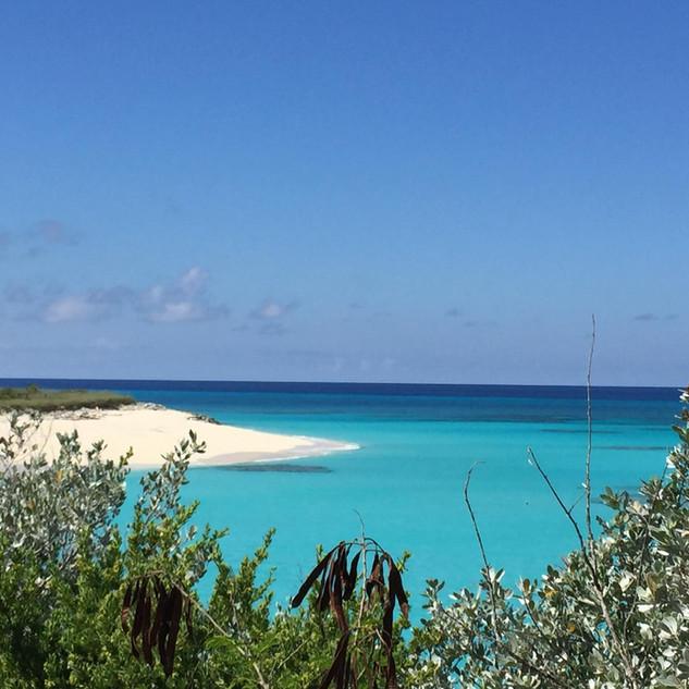 Plage Grotto Beach située à 2 mnutes à pieds