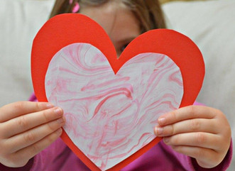 8 REASONS YOUR CHILDREN SHOULD MAKE THEIR OWN VALENTINES