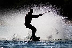 wakeboard airlie beach.jpg