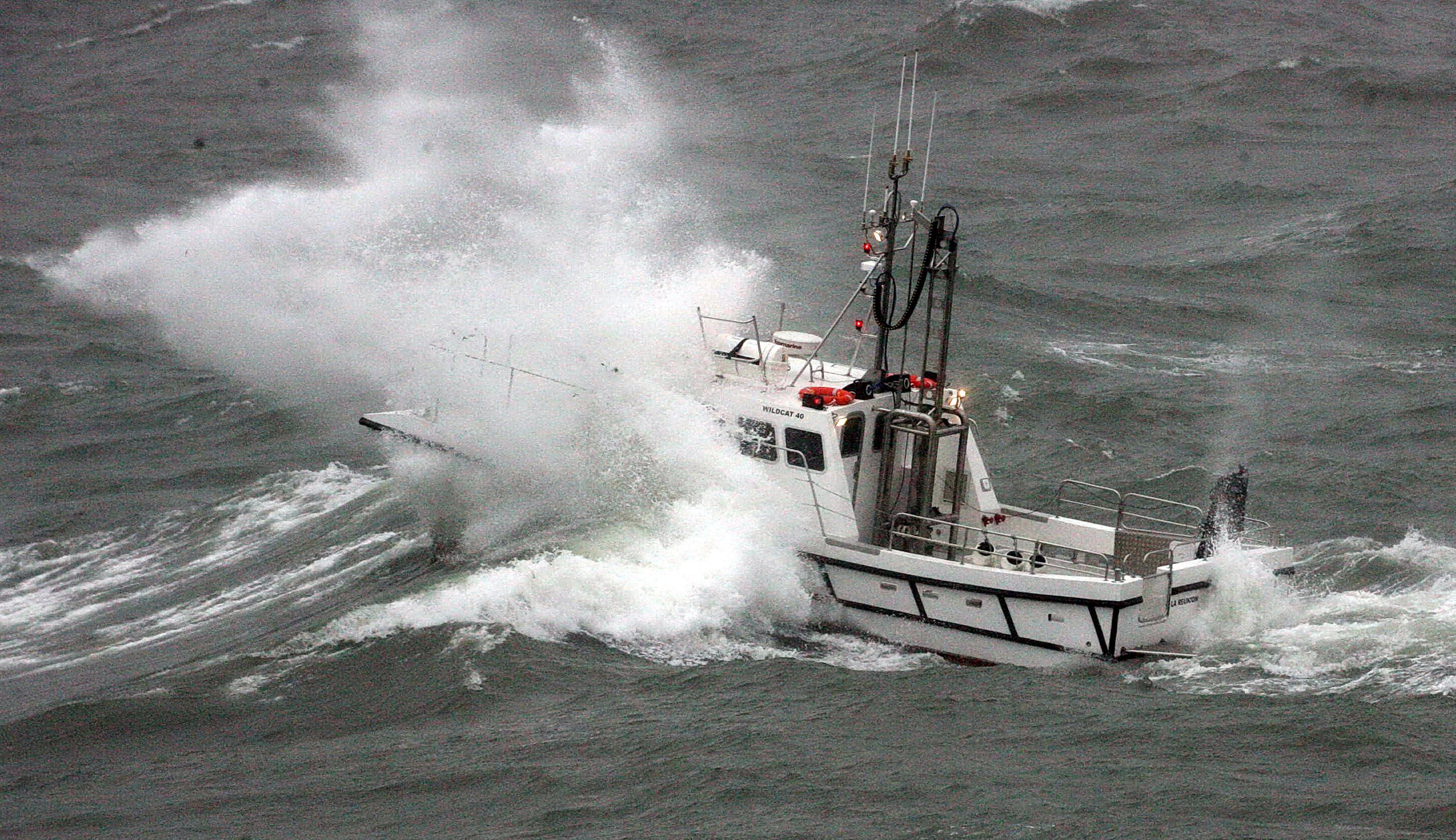 SF5Y5235
