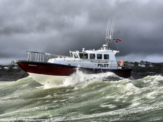 SAFEHAVEN DELIVER AN INTERCEPTOR 48 PILOT BOAT TO FONNES BATSERVICE IN NORWAY