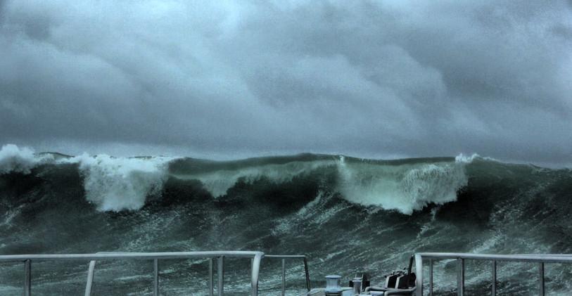Wall of water 2.jpg