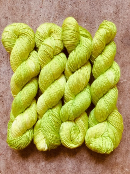 Atomic Moss 70% SW Merino/30% Silk Sock
