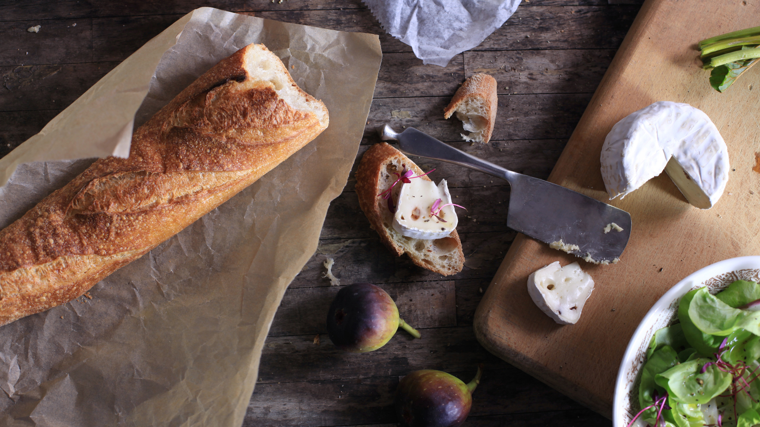 Baguette with Cheeses