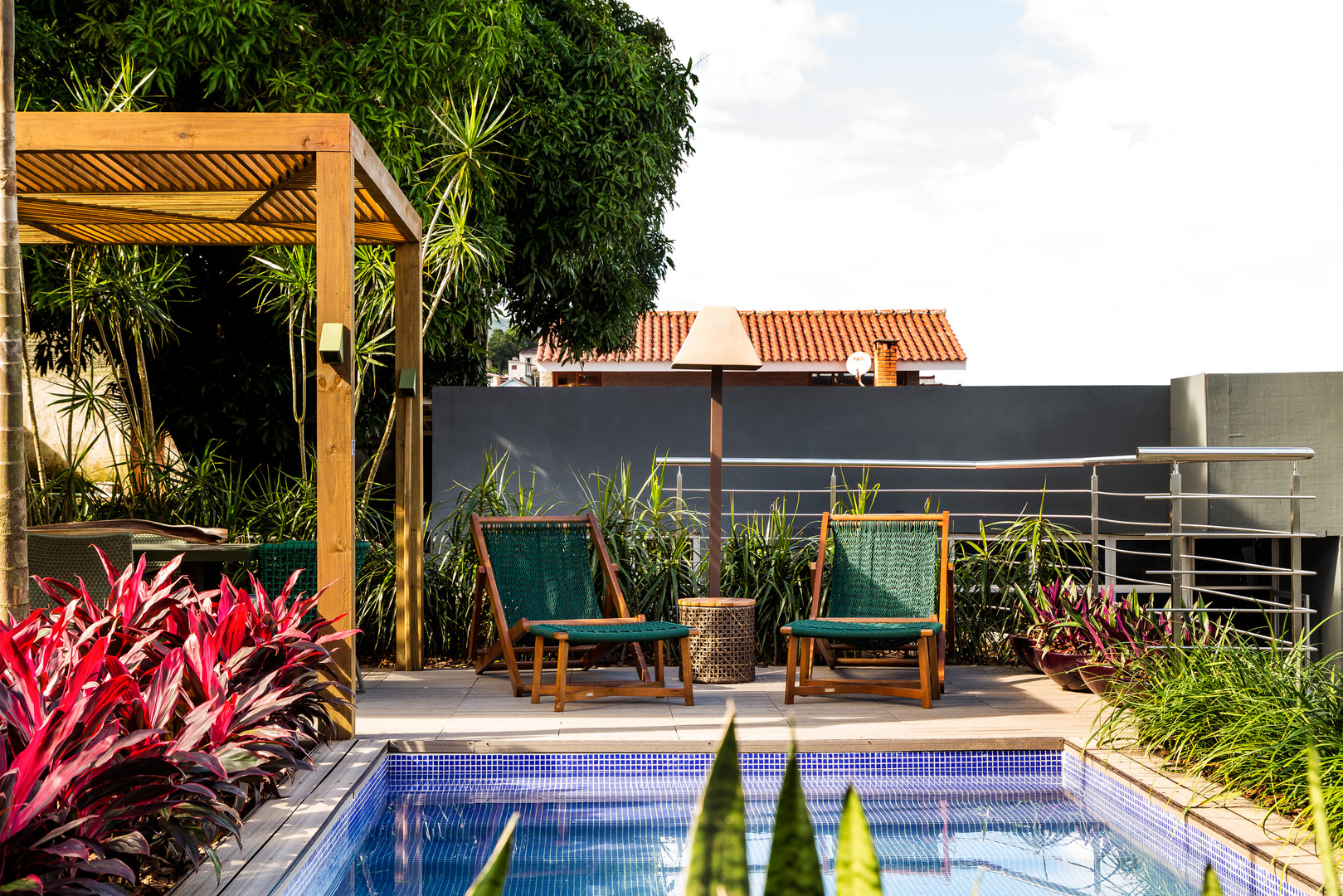 Jardim com Piscina Casacor Arquitetura P