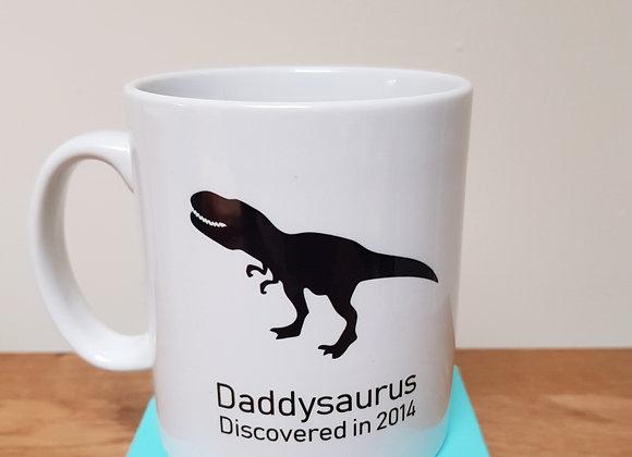 Daddysaurus and children dinosaurs