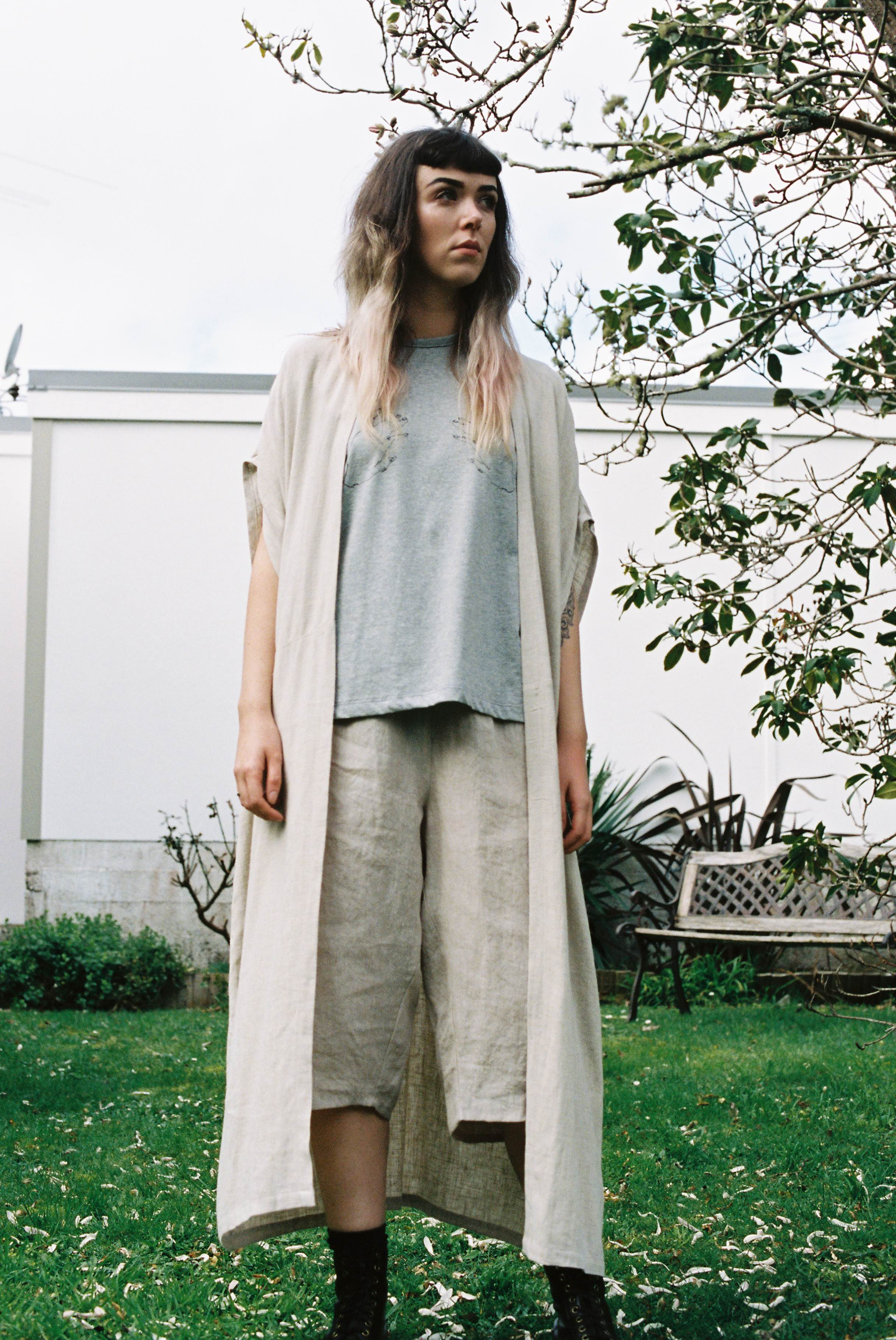 tasogare long+sara top+ obsidian shorts