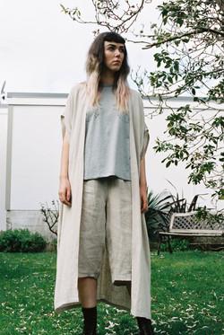 tasogare long+sara top+ obsidian shorts