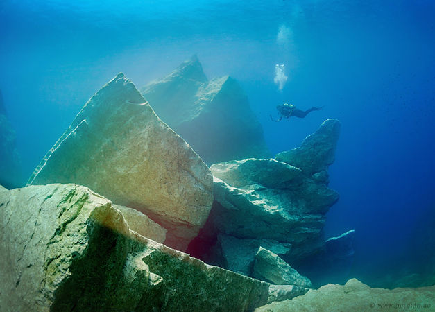 Diving at the Blue Hole in Gozo
