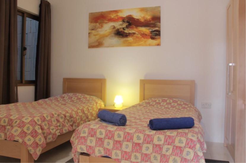 D8 bedroom