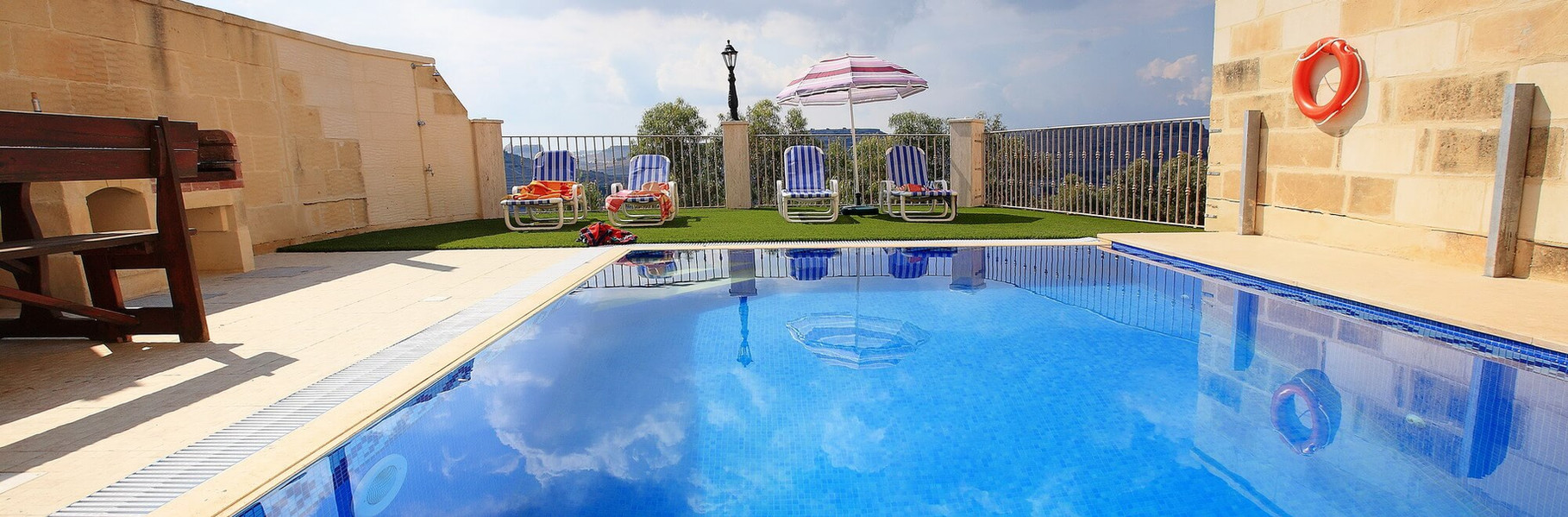 pool-with-a-view-luc.jpg