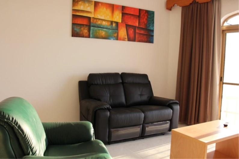 D8 living area