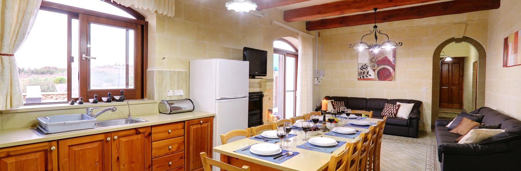 dining-kitchen-villa1.jpg