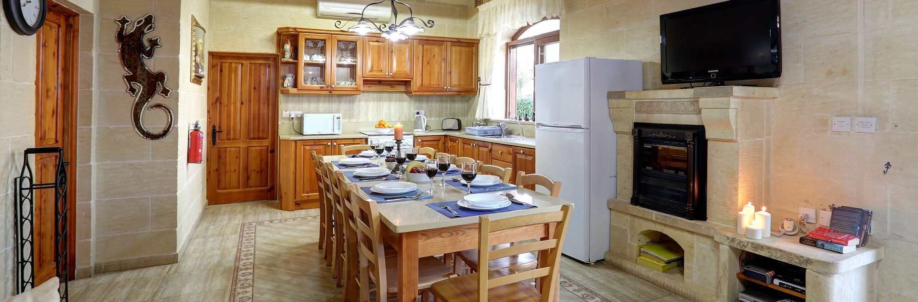 kitchen-farmhouse-villa1.jpg