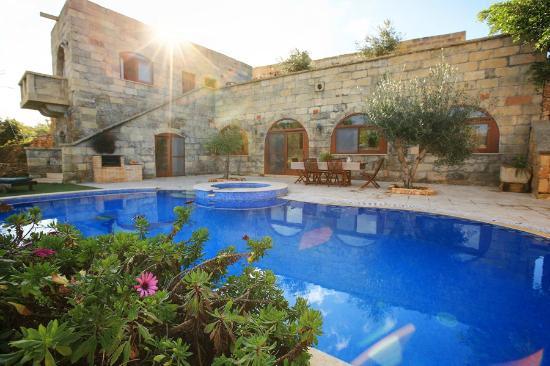 Pool Area 6 bedroom villa