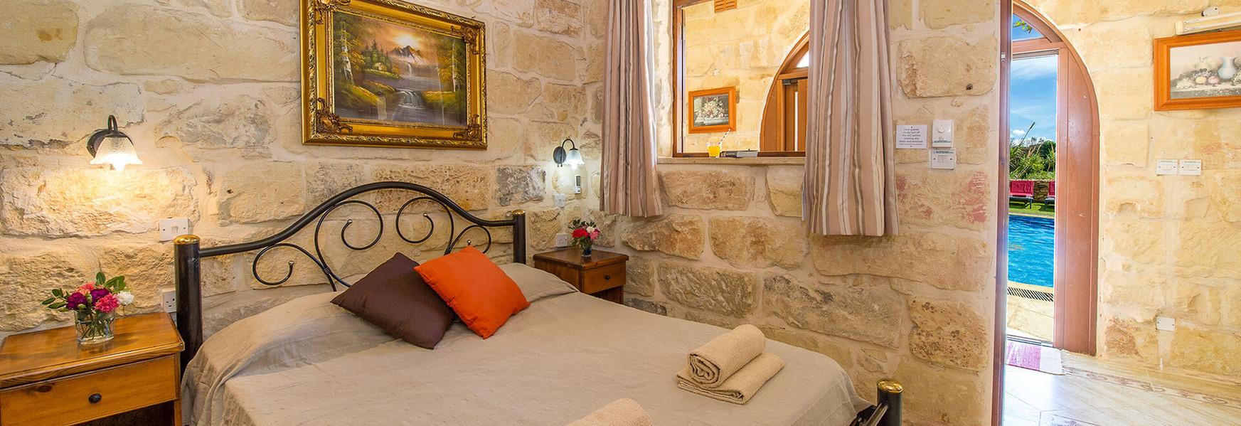 villa4-bedroom3.jpg