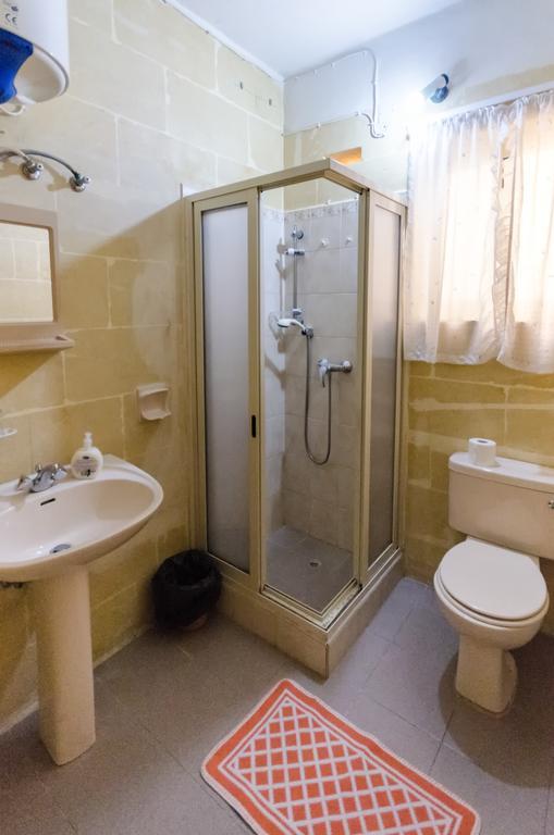 Shower room kacc