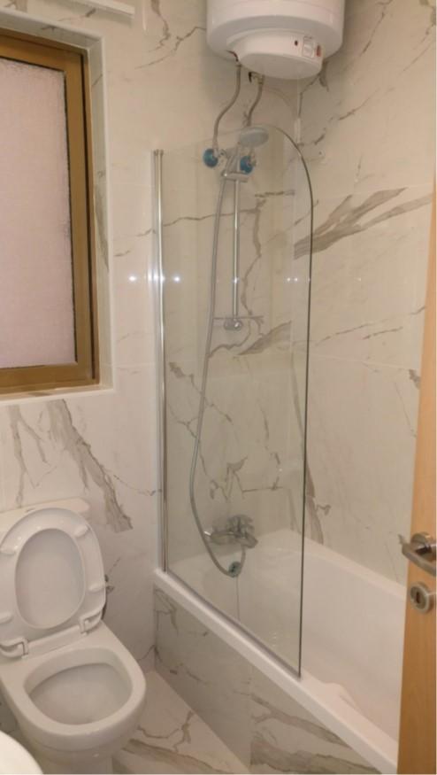 Bathroom D7
