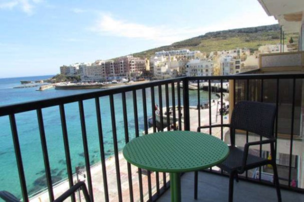 Studio Marsalforn Promenade Balcony 1
