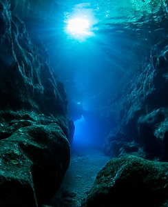Xlendi%252520Tunnel%252520by%252520Pete%252520Bullen_edited_edited_edited.png