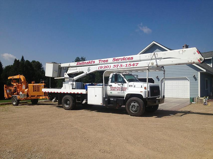 Zielinski's Tree Services Truck