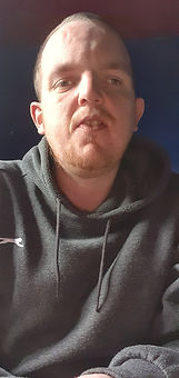 Selfie Simon.jpg