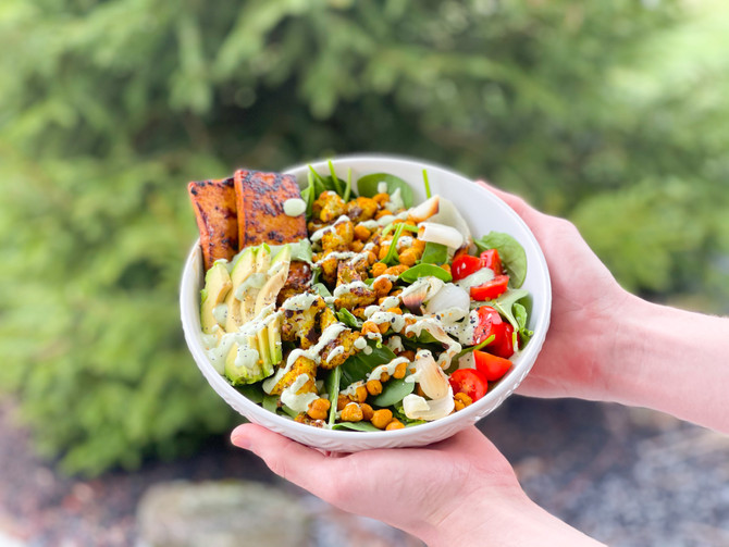 Healthy Middle Eastern-inspired Salad Bowl recipe