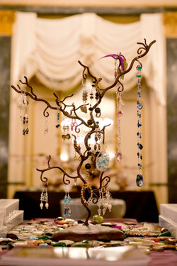EAE Necklace Display