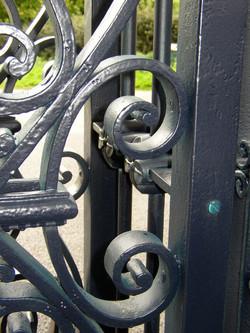 Ipswich Gates - 081