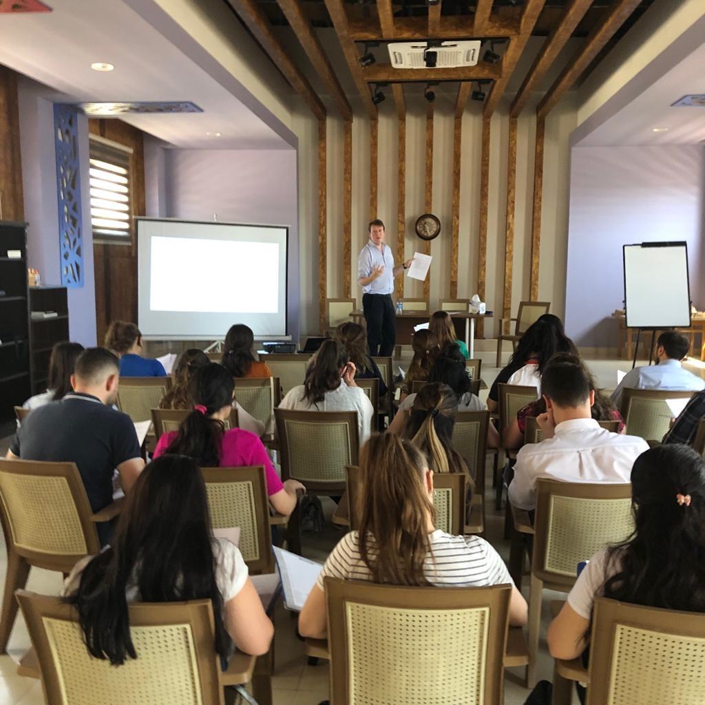 Tom in a Seminar