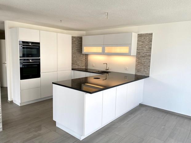 17. Neue Küche ETW Halten.jpg